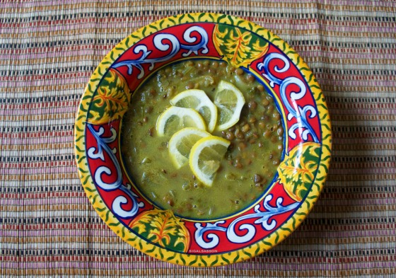 the best citrusy lentil soup