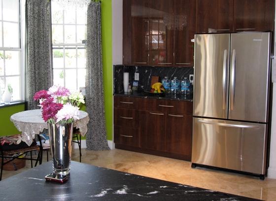 dark glossy kitchen cabinet, kitchen renovation